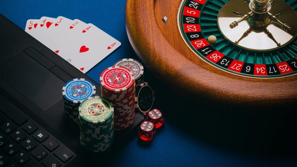 Dangers In Online Gambling